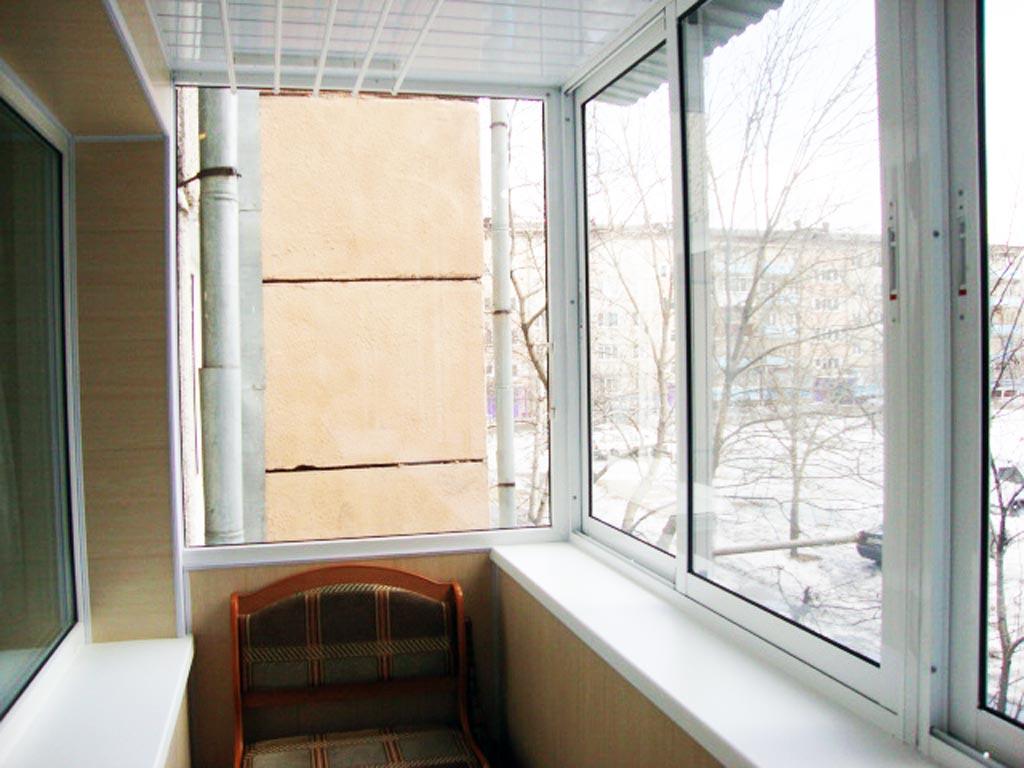 Варианты остекления балкона.
